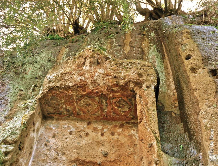 ©Ebi-de-Boer-Pietrasanta-etruscan-temple